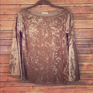 velvet shirt with bell sleeves